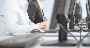 Măsurile pentru susţinerea angajaţilor şi a profesioniştilor, prelungite până la 30 iunie 2021