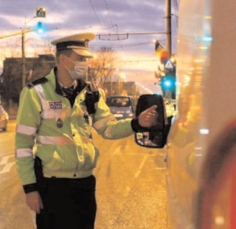 Infracţiuni contra siguranţei circulaţiei pe drumurile publice, constatate de poliţiştii dâmboviţeni
