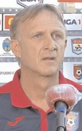 Chindia Târgovişte şi UTA Arad au remizat, scor 1-1, iar antrenorii celor două echipe au oferit reacţii la cald după această partidă