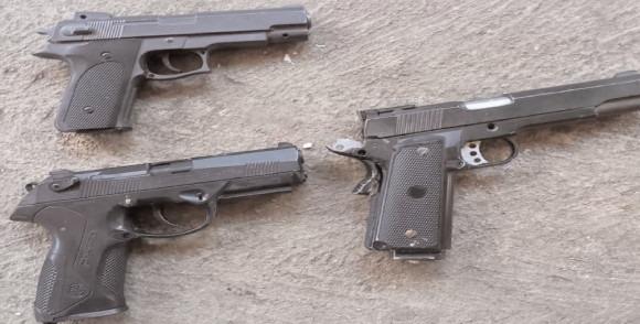 Cercetati de poliţişti pentru nerespectarea regimului armelor şi muniţiilor