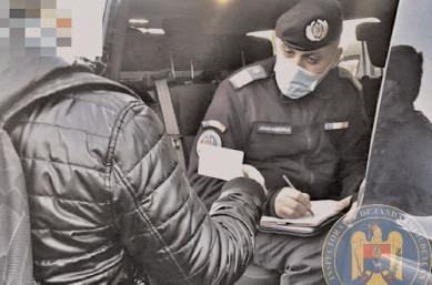 Informarea cetăţenilor pe timpul pandemiei, o prioritate a jandarmilor dâmboviţeni