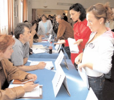 AJOFM Dâmboviţa deschide în aprilie zece cursuri de calificare