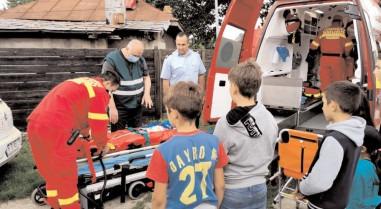 Ziua de 1 Iunie, marcată cum se cuvine de pompierii dâmboviţeni în mijlocul copiilor