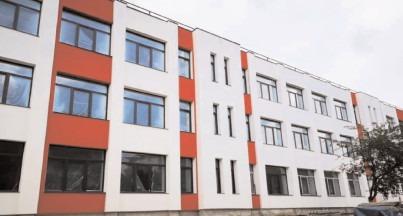 """Proiectul de extindere şi modernizare a Şcolii """"Matei Basarab"""", stadiu fizic de realizare de 80%"""