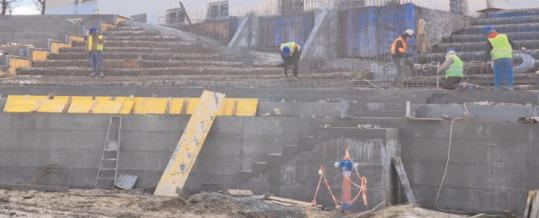 """Stadionul """"Eugen Popescu"""": Vremea nefavorabilă n-a împiedicat continuarea lucrărilor!"""