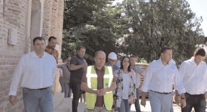 La Curtea Domnească Târgoviște, stadiul fizic de execuție privind lucrările de restaurare și conservare este de 67,60%