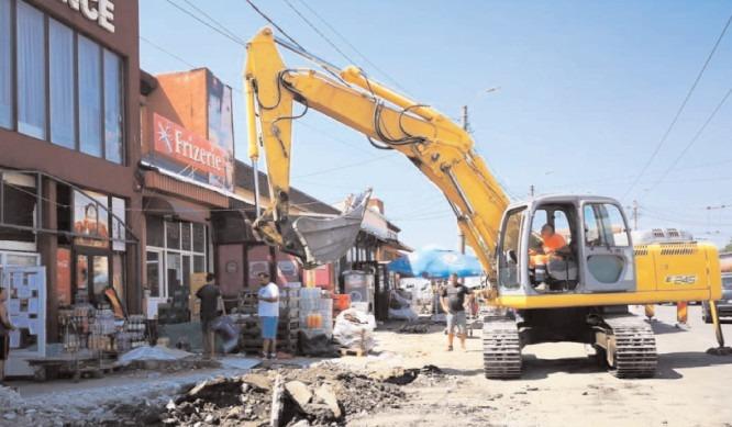 Lucrări complexe pe Strada Gării! Șoferii sunt rugați să evite, pe cât posibil, zona!