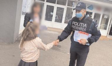Polițiștii și jandarmii au în vizor unitățile școlare