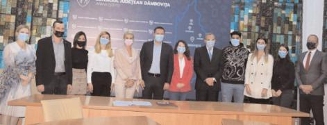 Președintele CJ, Corneliu Ștefan a semnat contractele de internship