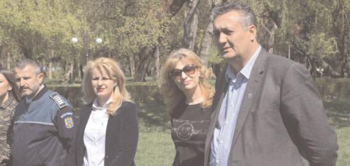"""Preşedintele CJ, Alexandru Oprea a participat la acţiunea """"Dăm like în parc!"""""""