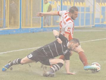 În timp ce alţii se vaită, Juventus şi Sepsi au promovat in Liga 1 Juventus joacă la Ploieşti, Sepsi la Braşov