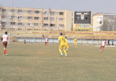 Meci amical Flacăra Moreni-CS Cornu 5-2