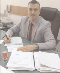 Serviciul Regim Permise de Conducere şi înmatriculare a Vehiculelor Dâmboviţa îşi dă tot interesul pentru a răspunde prompt diverselor solicitări venite din partea cetăţenilor