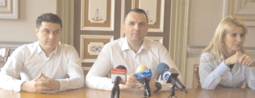 Probleme din pricina colmatării rigolelor la Priseaca şi pe Aleea Mănăstirii