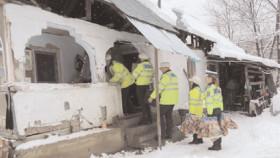 Poliţiştii Serviciului Rutier Dâmboviţa, au dus cadouri unor familii nevoiaşe