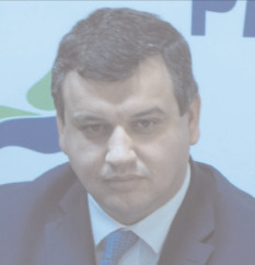 """Eugen Tomac a lansat, la Târgovişte, campania """"Împreună spunem NU pensiilor speciale"""""""