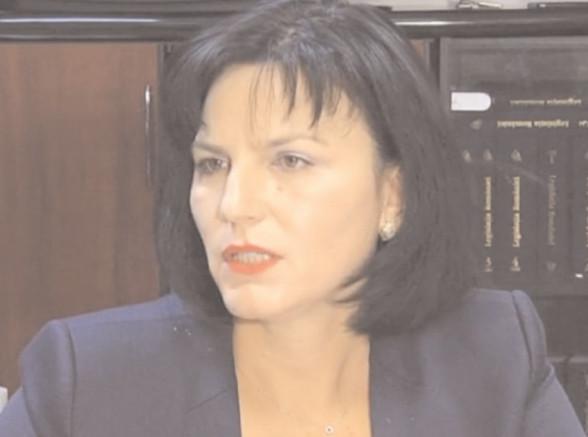 C.A.S. Dâmboviţa încheie acte adiţionale la contractele aflate în derulare pentru furnizarea de servicii medicale, medicamente şi dispozitive medicale