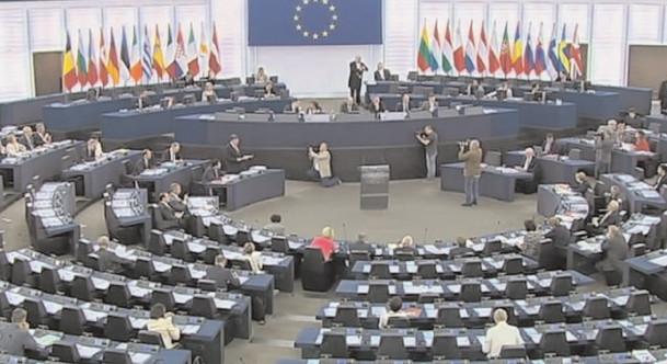 Cei 33 de europarlamentari români vor fi aleşi pe 26 mai