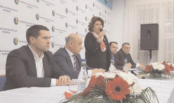 Ministrul Rovana Plumb a promis că problemele stringente din sisitemul educaţional dâmboviţean se vor rezolva în curând