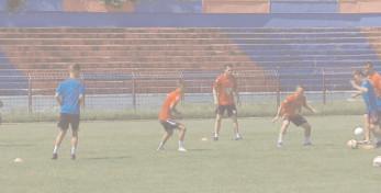 25 de jucători în cantonamentul Chindiei