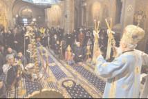 CREDINŢA STATORNICĂ NE DĂRUIEŞTE ADEVĂRATA VEDERE A PREZENŢEI LUI DUMNEZEU – SLUJIRE ARHIEREASCĂ LA CATEDRALA DIN TÂRGOVIŞTE
