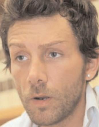 Caz şocant: Un fals medic italian a făcut zeci de operaţii în clinici din România