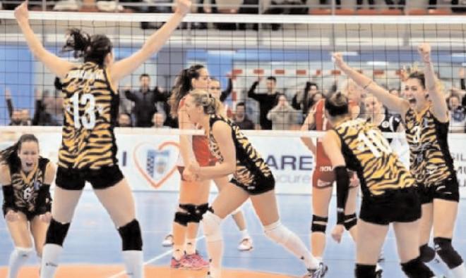 CSM Bucureşti a câştigat ultimul meci al etapei a 13-a a Diviziei A1 la volei feminin