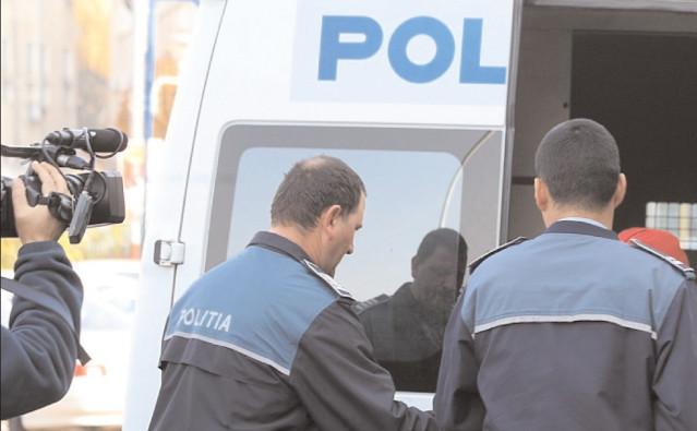 Administratorul unei societăţi din Mătăsaru, reţinut de poliţiştii specializaţi în investigarea criminalităţii economice
