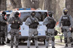 PESTE 100 DE DE ACŢIUNI OPERATIVE Şl PERCHEZIŢII, PENTRU DESTRUCTURAREA GRUPĂRILOR DE CRIMINALITATE ORGANIZATĂ