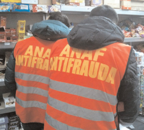 Inspectorii antifraudă vor verifica modul de dotare cu noile case de marcat cu jurnal electronic