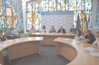 """Dezbatere publică pentru proiectul """"Conservarea, restaurarea, valorificarea clădirii Fosta Şcoală de Cavalerie în vederea consolidării identităţii culturale a Judeţului Dâmboviţa"""""""