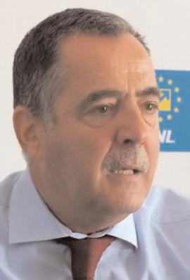 """Cezar Preda, deputat PNL: Primul pas în """"România educată"""", atunci când toate şcolile vor avea toalete şi autorizaţii de funcţionare"""