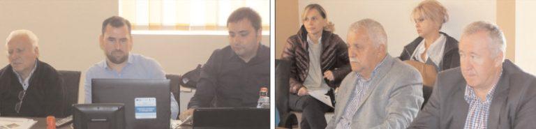 """Primăria Titu a găzduit conferinţa de promovare a proiectului """"Plan de Dezvoltare pentru Incluziunea Romilor la nivelul GAL Titu"""""""
