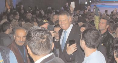 Preşedintele Klaus lohannis a fost primit cu entuziasm şi multă încredere de liberalii dâmboviţeni