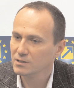 """Aurelian Cotinescu, PNL Târgovişte, despre poluarea atmosferică: """"A devenit o problemă de siguranţă cetăţenească"""""""