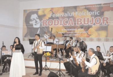 Folclorul românesc, sărbătorit în judeţul Dâmboviţa