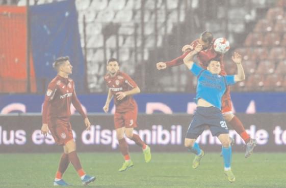 CAMPIOANA ZDROBEŞTE CHINDIA CFR Cluj – Chindia Târgovişte 4-0 (1-0)