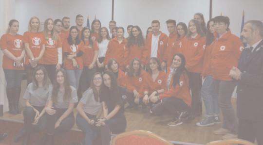 """Ziua internaţională a Voluntarului la Biblioteca Judeţeană """"lon Heliade Rădulescu"""": """"Esenţa schimbării e în tine! Fii voluntar!"""""""