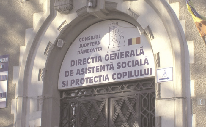 """""""Dăruieşte un zâmbet de Moş Nicolae"""""""