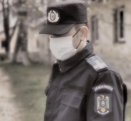 Jandarmeria Dâmboviţa face recomandări privind conduita socială responsabilă în prevenirea răspândirii COVID-19