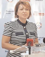 """Oana Vlăducă, deputat Pro România: """"Fără o impozitare progresivă, ţara nu va avea resurse financiare pentru relansarea economică"""""""