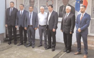 Pro România continuă prezentarea candidaţilor pentru funcţia de primar