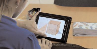467 de elevi de la Şcolile Gimnaziale Corbii Mari şi Dragomireşti continuă învăţarea cu Digitaliada