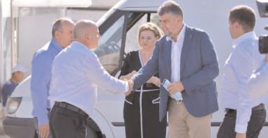 Preşedintele PSD, Marcel Ciolacu a mers la Băleni să stea de vorbă cu legumicultorii