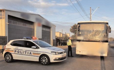 Poliţiştii dâmboviţeni au continuat să acţioneze pentru a verifica modul în care se respectă prevederile legale impuse în contextul crizei COVID-19