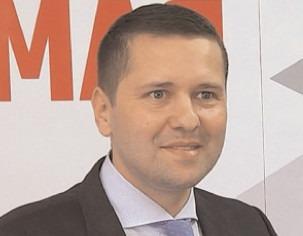 Corneliu Ştefan, a încheiat mandatul de deputat şi se pregăteşte să depună jurământul de preşedinte al Consiliului Judeţean Dâmboviţa