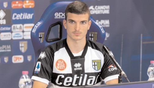 Ghinion pentru dâmboviţeanul Valentin Mihăilă Coronavirusul a lovit AC Parma