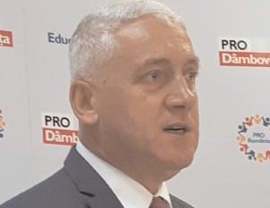Adrian Ţuţuianu. senator Pro România: Partidele politice mari evită deliberat temele economice şi bugetare