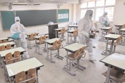 Ministerul Educaţiei doreşte redeschiderea cât mai grabnică a şcolilor, în funcţie de evoluţia situaţiei epidemiologice şi a campaniei de vaccinare