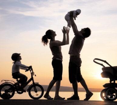 Militarii, incluşi în categoria salariaţilor care pot beneficia de concediu paternal